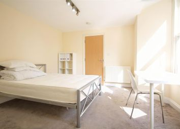 Thumbnail Property to rent in Weltje Road, London