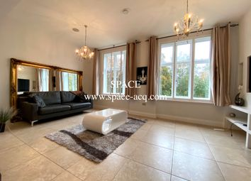 Thumbnail 3 bed flat to rent in Jfk House, Royal Connaught Park, Bushey, Hertfordshire