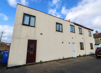 Thumbnail 1 bed flat to rent in Anchor Street, Lowestoft