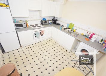 2 bed flat to rent in |Ref: F2|, Winchester Street, Southampton SO15