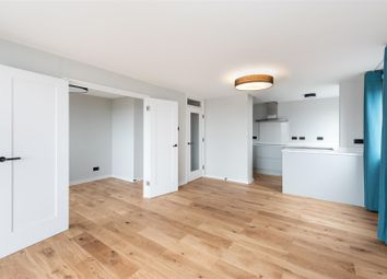 Thumbnail 3 bed flat to rent in Eaton Gardens, Hove