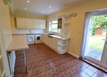 4 bed property to rent in The Vale, Golders Green, London NW11