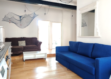 Thumbnail 2 bed flat to rent in Hatton Wall, London