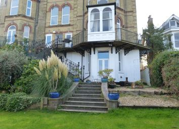 Thumbnail 2 bedroom flat to rent in Cliff Road, Cowes