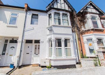 Thumbnail 1 bed flat for sale in Hainault Avenue, Westcliff-On-Sea