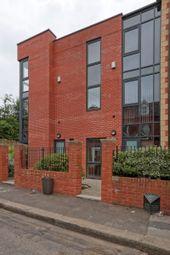 6 bed terraced house to rent in Wilkinson Street, Sheffield S10