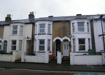 Thumbnail 3 bed property to rent in Pelham Road, Cowes