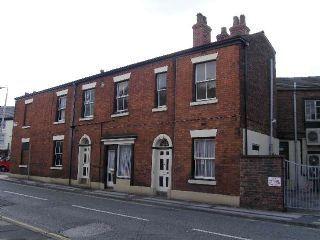 Thumbnail 2 bed flat to rent in Prestbury Road, Macclesfield