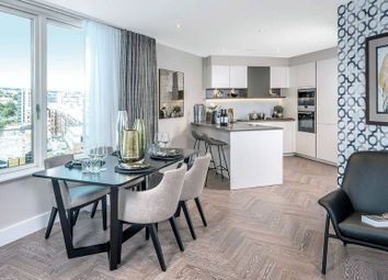 Thumbnail 1 bed flat for sale in Pearl House, London Square, Islington