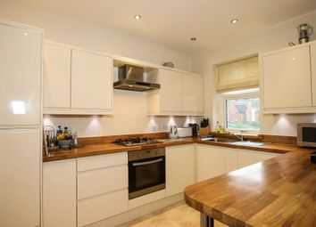 3 bed flat to rent in Recreation Road, Guildford GU1