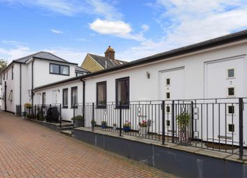 Priory Road, Reigate RH2. 1 bed flat for sale