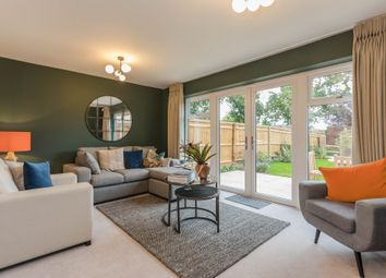 Holt Close, Ottershaw KT16. 4 bed end terrace house