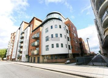 Thumbnail Studio to rent in Lower Canal Walk, Southampton