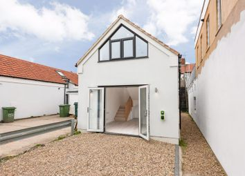1 bed detached bungalow for sale in Walton Road, West Molesey KT8