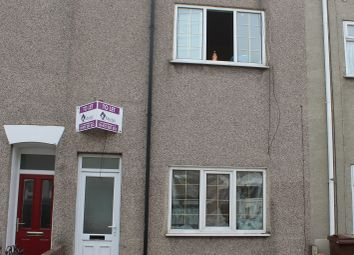 Thumbnail 1 bed terraced house to rent in Duke Street, Grimsby