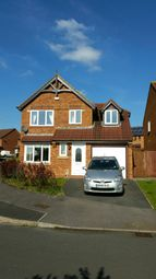 Thumbnail 3 bed detached house to rent in Thornhill Drive, Swindon