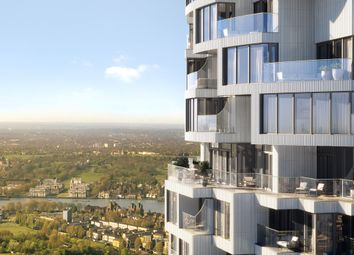 Thumbnail 3 bed flat for sale in Canary Wharf'S New District, Canary Wharf, London