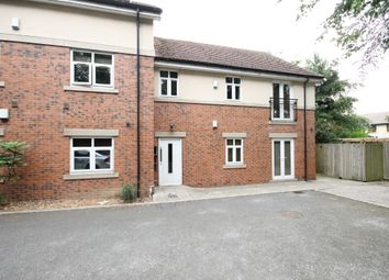Thumbnail 2 bed flat to rent in Scott Hall Way, Leeds