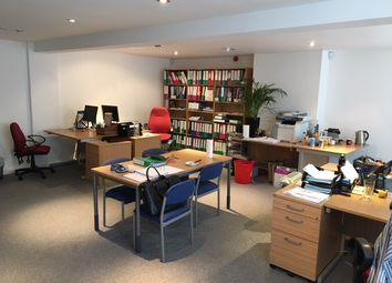 Accommodation Road, Golders Green, London NW11. Office to let