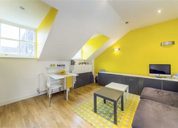 2 bed flat for sale in Roman Road, London E3