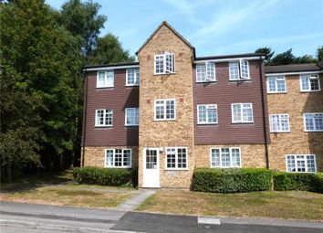 Thumbnail 1 bed flat to rent in Crofton Close, Bracknell, Berkshire