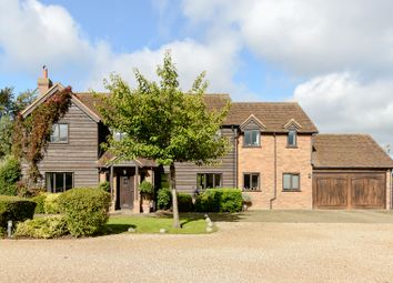 Thumbnail 4 bed detached house for sale in Lysley Place, Brookmans Park, Hatfield