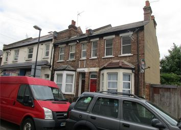 Thumbnail 2 bedroom flat to rent in Goodson Road, London