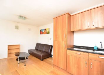 Thumbnail 1 bedroom flat to rent in St Paul's Road, Islington