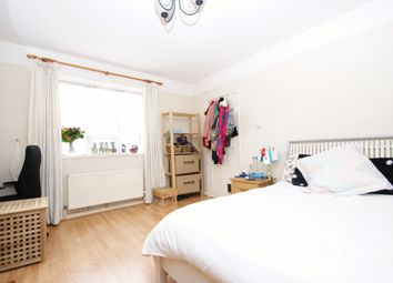 Thumbnail 4 bed terraced house to rent in Hilary Road, London