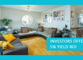 Thumbnail Flat for sale in Amsterdam Road, London