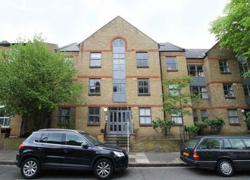 Thumbnail 1 bed flat to rent in Horton Road, London
