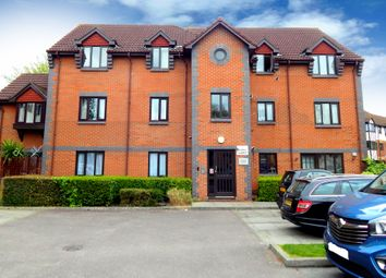 Thumbnail 2 bedroom flat to rent in Dunlin Court, London