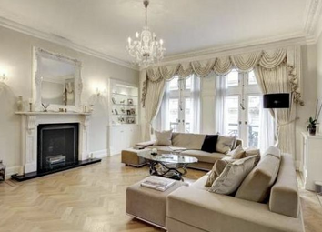 Thumbnail 3 bedroom flat for sale in Whitehall Court, Westminster, London