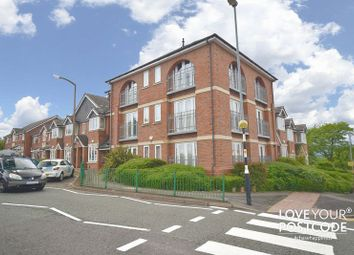 Thumbnail 2 bed flat to rent in Bristnall Hall Road, Oldbury