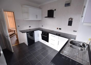 Thumbnail 2 bed flat to rent in Deans Street, Oakham