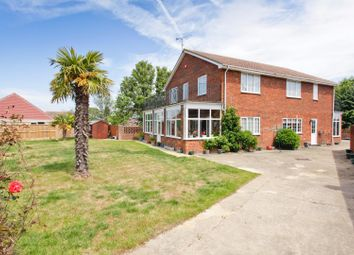 Thumbnail 5 bedroom detached house for sale in Hawthorn Corner, Herne Bay