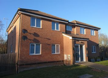 2 bed flat to rent in Amanda Close, Bexhill-On-Sea TN40