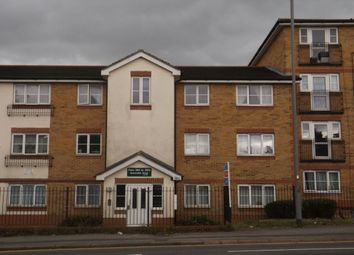 Thumbnail 2 bed flat to rent in Dunstable Road, Luton