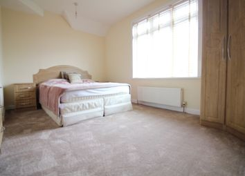 Thumbnail Room to rent in Riverview Gardens, Twickenham