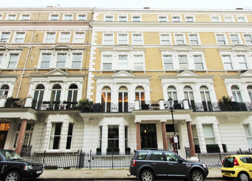Thumbnail 3 bed flat for sale in De Vere Gardens, London