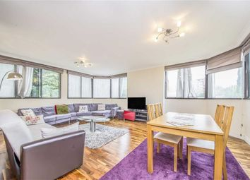 Thumbnail 2 bedroom flat for sale in Acacia Road, London
