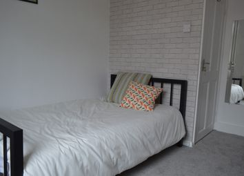 Thumbnail 5 bed shared accommodation to rent in Leith Road, London