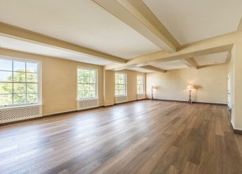 Thumbnail 5 bed flat to rent in Grosvenor Square, Mayfair, London