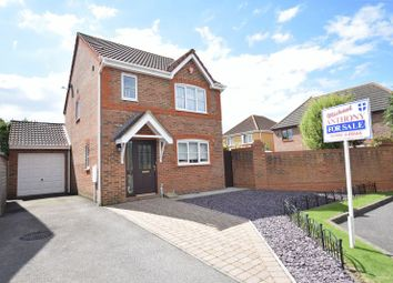Thumbnail 3 bed detached house for sale in Waterford Close, Bletchley, Milton Keynes