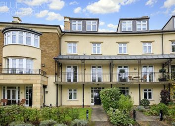 6 bed town house to rent in Whitcome Mews, Richmond, Kew TW9