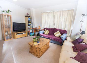 Thumbnail 1 bed flat to rent in Kennington Lane, London