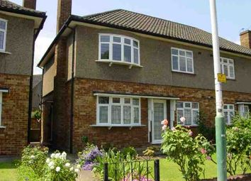 Thumbnail 2 bed maisonette to rent in Station Road, Gidea Park