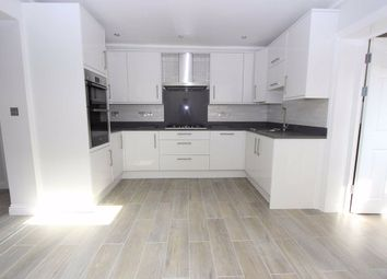 Thumbnail 5 bedroom terraced house for sale in Rosslyn Road, Barking, Essex