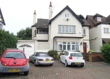 Thumbnail Studio to rent in Kings Road, Westcliff-On-Sea