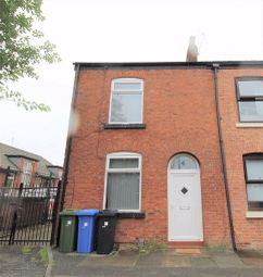 2 bed terraced house to rent in Grove Street, Droylsden, Manchester M43